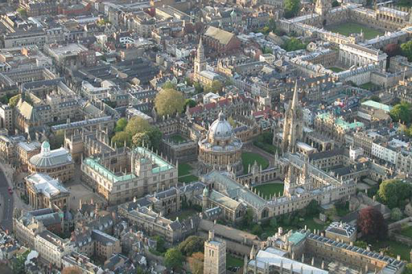 Birdseye view of Oxford